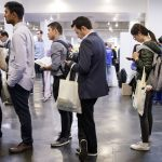 US weekly jobless claims fall, while continuing claims drop to the lowest level since 1973