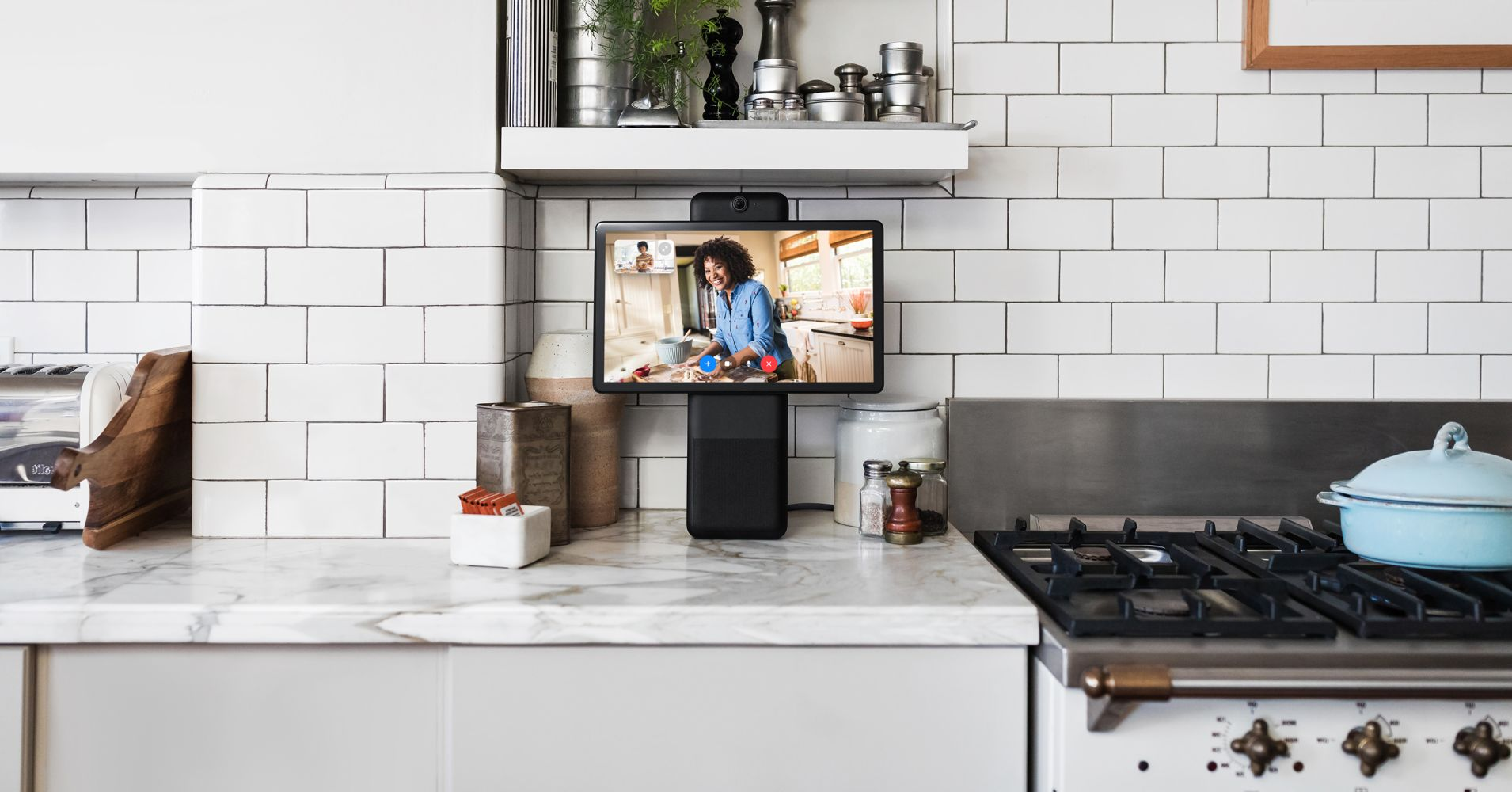 A first look at Facebook's Portal smart speakers: Entertaining video calling, weak streaming content