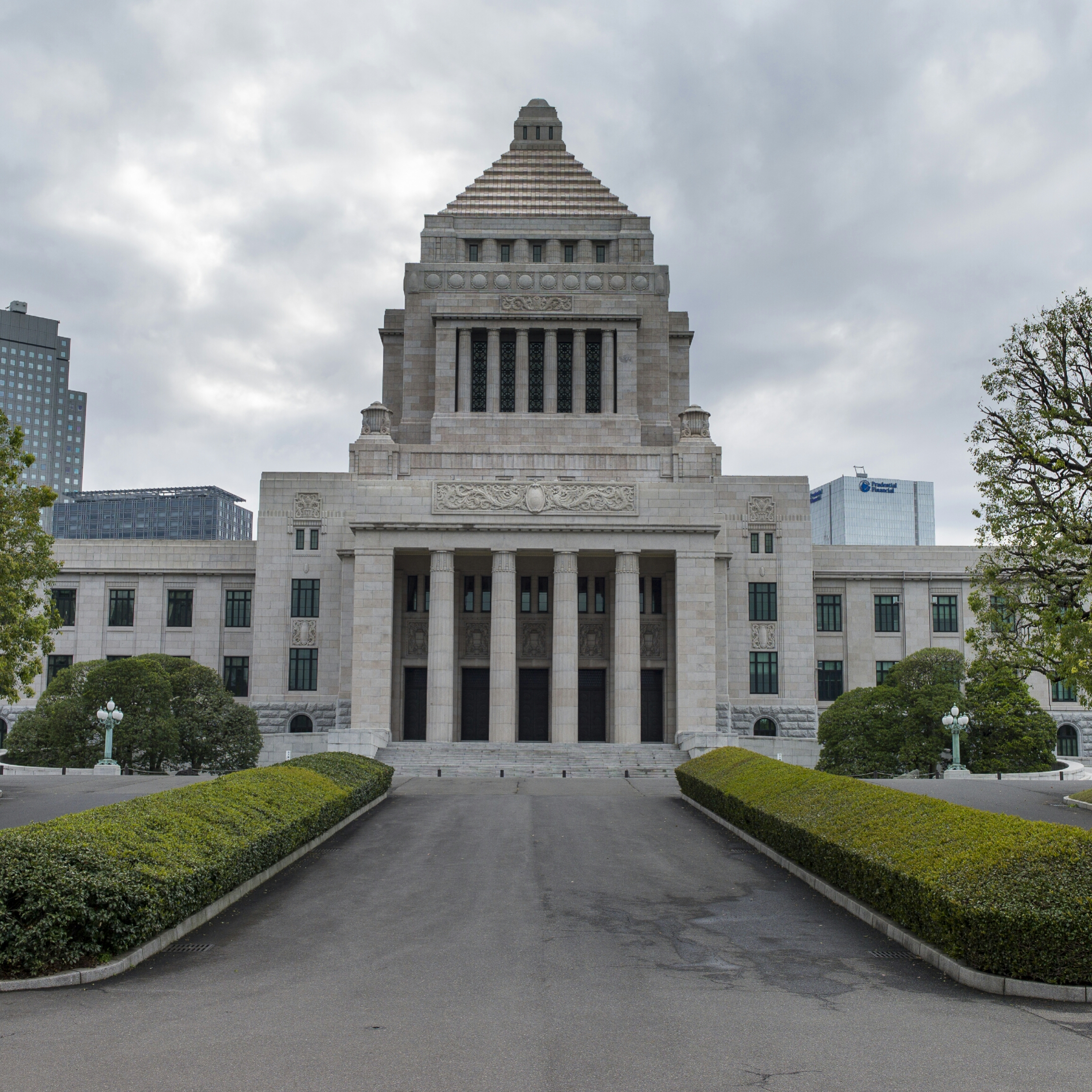 Japanese Cryptocurrency Industry to Self-Regulate After Government Approval