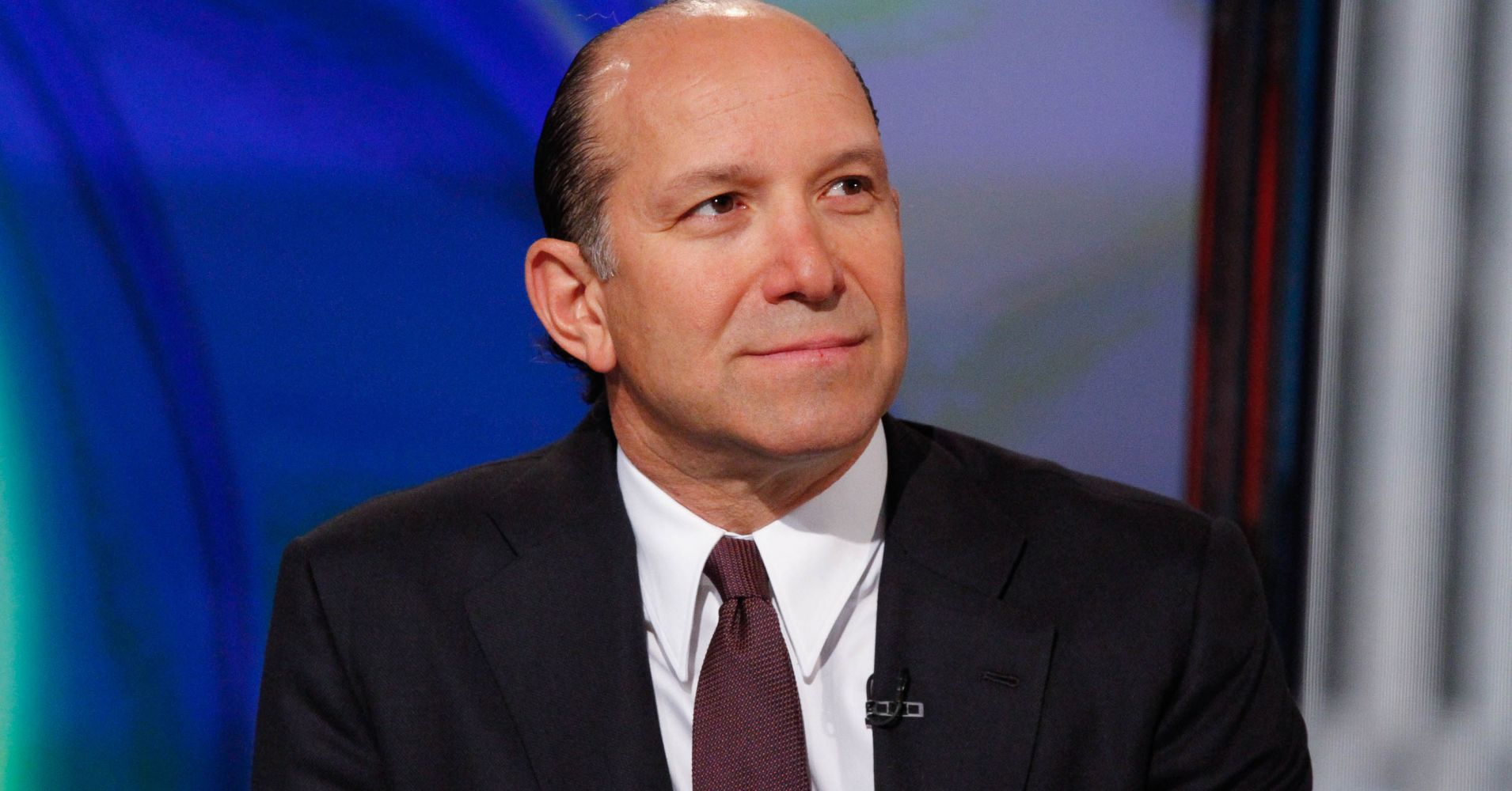 'Not your grandmother's economy' — Cantor CEO Howard Lutnick says growth still has 2 years to run